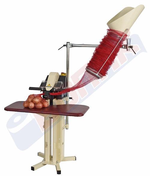 Masina (klipsarica) za pakuvanje proizvodi vo mreza